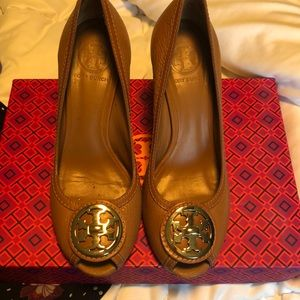 Tory Burch Selma open toe shoes